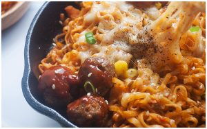 Cheesy Gochujang Noodles with Meatballs