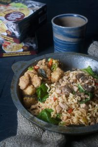 Noodles with Salted Egg Yolk Chicken