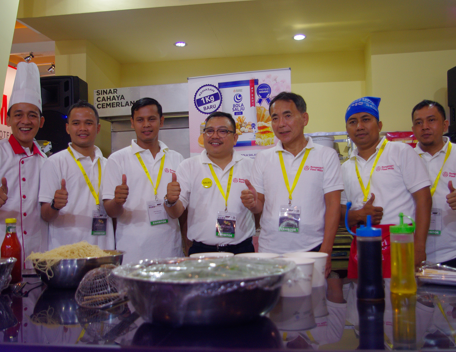 Bungasari Team at SIAL Interfood 2016