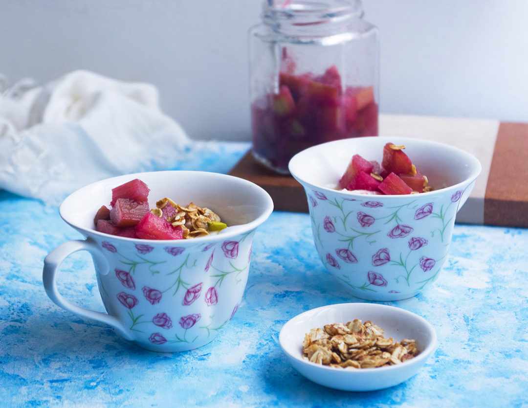 Rhubarb Strawberry Rose Compote with Yoghurt