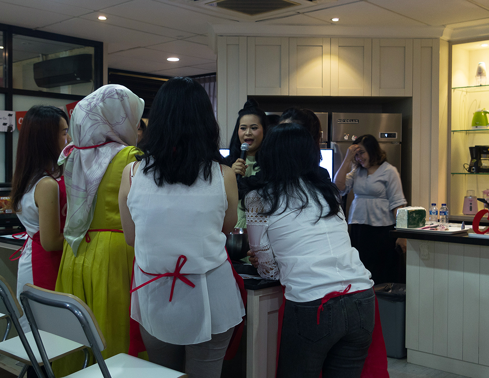 Healthy Assorted Cake Baking Class with Cosmos