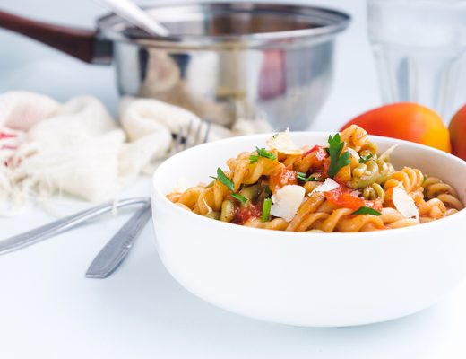 One-Pot Spicy Tomato Pasta